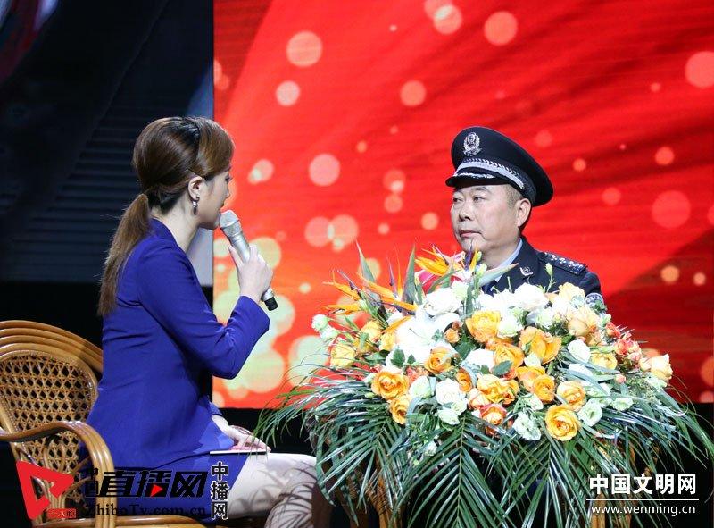 """中央文明办发布10月""""中国好人榜"""""""