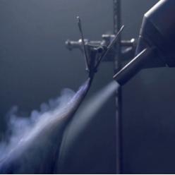 """光彩绽放,新年新意 戴森Supersonic金色臻选礼盒版吹风机 新春""""红""""运从头开始"""