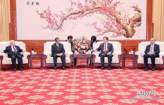 王东峰许勤会见日本国际贸易促进协会会长河野洋平一行