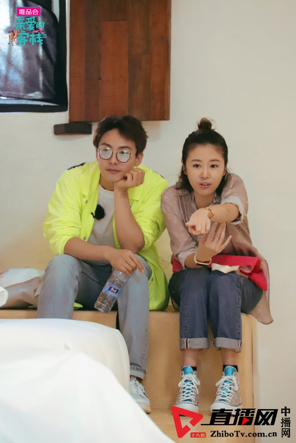 刘涛,林心如关系尴尬十年友谊难再续?
