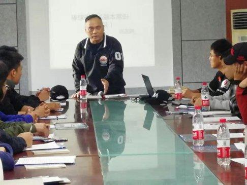 济南举办国家二级棒球裁判员培训班