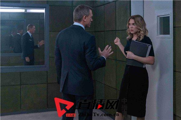 《007:无暇赴死》发布首支预告