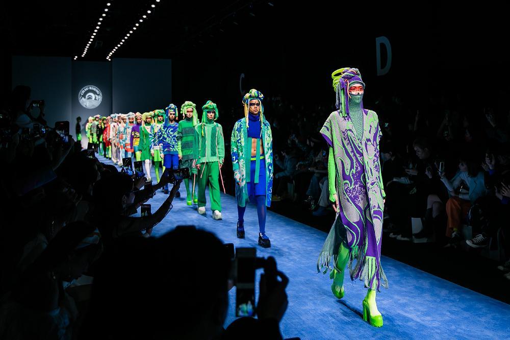 <b>上海时装周2021AW 洲升CHAU·RISING</b>